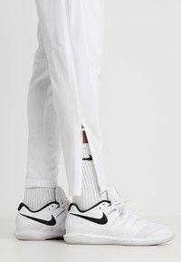 Nike Performance - PANT - Pantalon de survêtement - white - 3