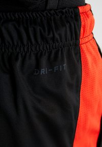 Nike Performance - DRY SHORT HYBRID - Sports shorts - black/habanero red/electric green - 4