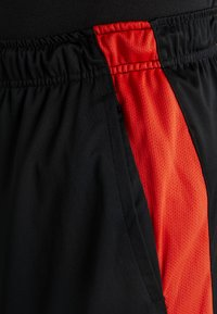 Nike Performance - DRY SHORT HYBRID - Sports shorts - black/habanero red/electric green - 6