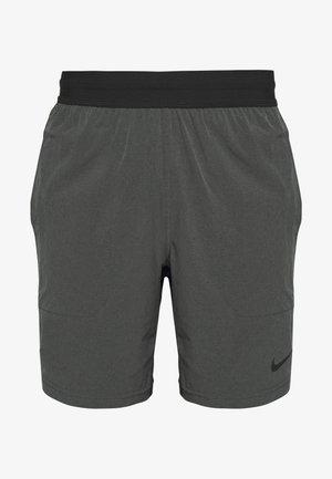 M NK FLX SHORT YOGA - Pantalón corto de deporte - black/iron grey