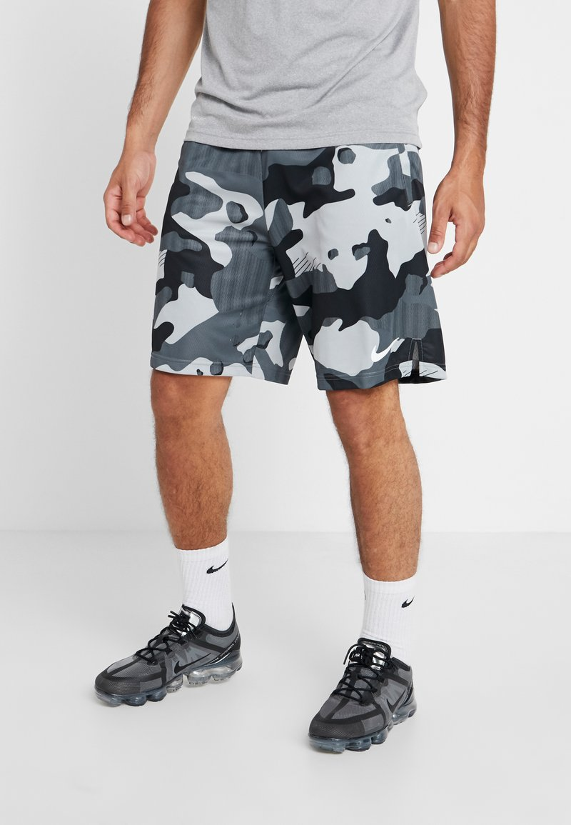 Nike Performance - DRY SHORT  - Träningsshorts - light smoke grey/white