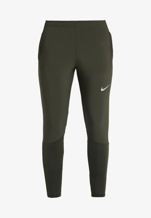 ESSENTIAL PANT - Pantalones deportivos - sequoia/reflective silver