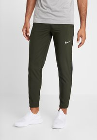 Nike Performance - RUN STRIPE PANT - Pantalones deportivos - sequoia/reflective silver - 0