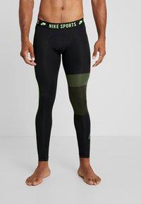 Nike Performance - Punčochy - black/sequoia/scream green - 3