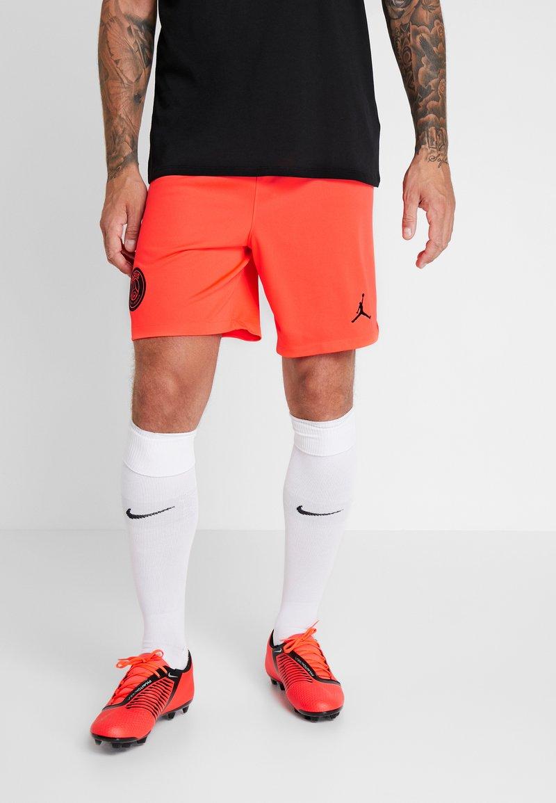 Nike Performance - PARIS ST GERMAIN SHORT  - Sports shorts - infrared/black