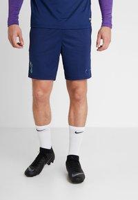 Nike Performance - TOTTENHAM HOTSPURS DRY SHORT - Träningsshorts - binary blue/action grape/binary blue - 0