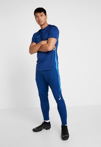 Nike Performance - DRY STRIKE PANT - Träningsbyxor - coastal blue/photo blue/white - 1