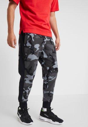 NBA LA LAKERS CAMO PANT - Pantalon de survêtement - cool grey/black