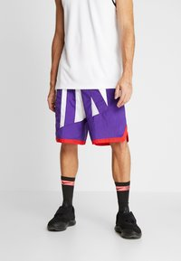Nike Performance - DRY SHORT THROWBACK - Träningsshorts - white/court purple/university red - 0