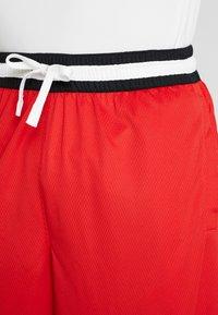 Nike Performance - NBA CHICAGO BULLS DNASHORT - Korte broeken - university red/black/white - 3