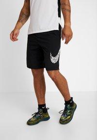 Nike Performance - Pantalón corto de deporte - black - 0