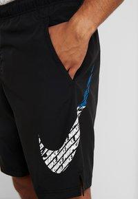 Nike Performance - Pantalón corto de deporte - black - 4