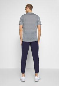 Nike Performance - ESSENTIAL PANT - Pantalones deportivos - imperial purple/reflective silver - 2