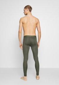 Nike Performance - PRO  - Medias - cargo khaki/black - 2