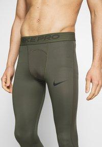 Nike Performance - PRO  - Medias - cargo khaki/black - 6