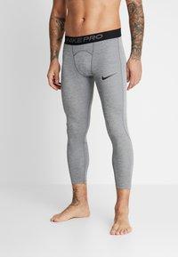 Nike Performance - PRO - Calzamaglia - smoke grey/light smoke grey/black - 3
