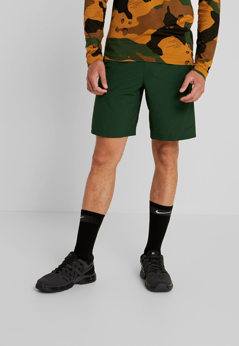 Nike Performance - Sports shorts - cosmic bonsai/wheat/black