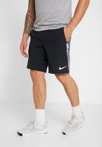 Nike Performance - Short de sport - black/smoke grey/white - 0
