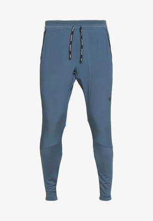SWIFT PANT - Pantalones deportivos - thunderstorm