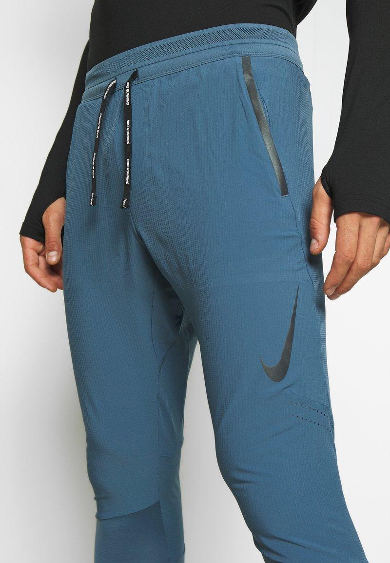 Nike Performance SWIFT PANT - Joggebukse - thunderstorm