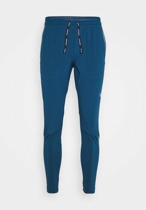 SWIFT PANT - Pantalones deportivos - valerian blue/black