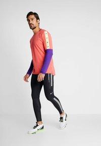 Nike Performance - POWER FLASH  - Punčochy - black/reflective silver - 1