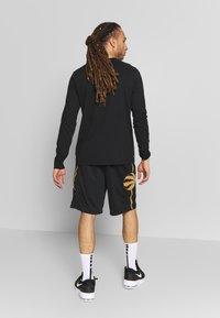 Nike Performance - NBA CITY EDITION TORONTO RAPTORS SWINGMAN SHORT - Short de sport - black - 2