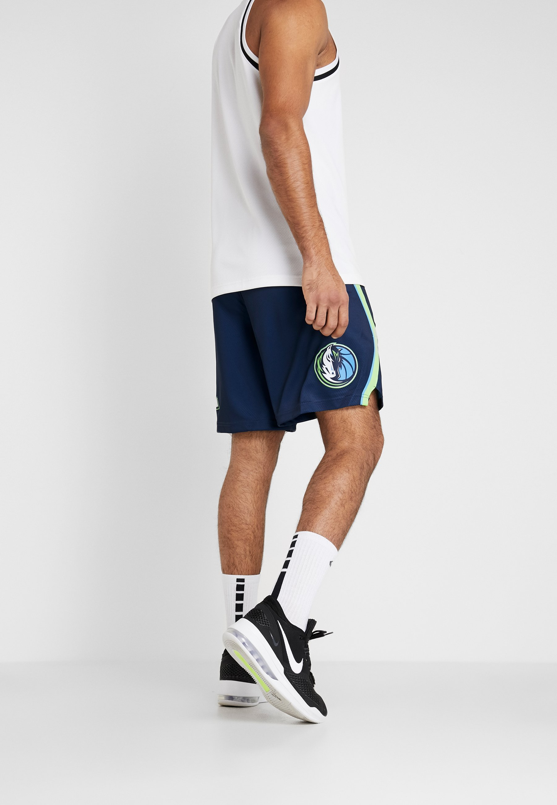 Nike Performance NBA CITY EDITION DALLAS MAVERICKS SWINGMAN SHORT - Träningsshorts - college navy/action green/white