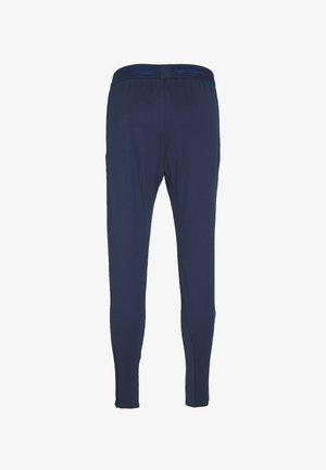 DRY STRIKE PANT - Spodnie treningowe - midnight navy/soar/laser crimson