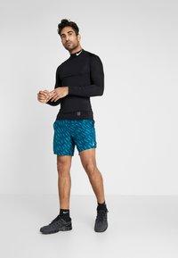 Nike Performance - SHORT  - Pantalón corto de deporte - valerian blue/valerian blue - 1