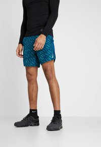 Nike Performance - SHORT  - Pantalón corto de deporte - valerian blue/valerian blue - 0
