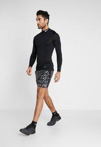 Nike Performance - SHORT  - Sports shorts - black/silver - 1