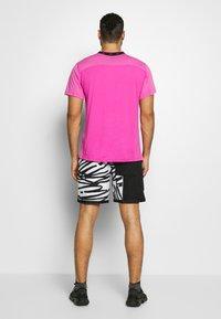 Nike Performance - SHORT  - Sports shorts - white/white/(white) - 2