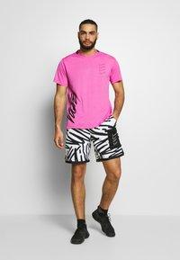 Nike Performance - SHORT  - Sports shorts - white/white/(white) - 1