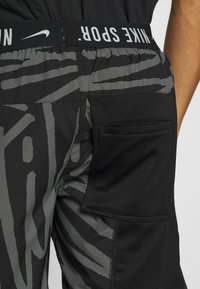Nike Performance - SHORT  - Sports shorts - black/white - 5