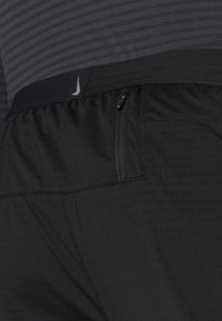 Nike Performance - ELITE PANT - Verryttelyhousut - black/reflective silver - 5