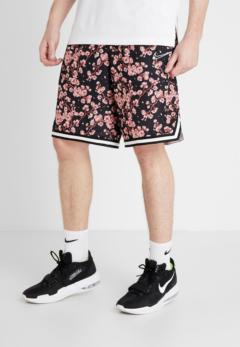 Nike Performance - DRY CITY EXPLORATION DNA SHORT - Pantalón corto de deporte - pink quartz/sail