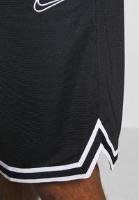 Nike Performance - DRY DNA SHORT - Krótkie spodenki sportowe - black/black/white - 5