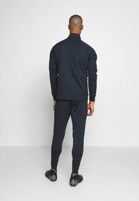 Nike Performance - FC BARCELONA DRY PANT - Teplákové kalhoty - dark obsidian/sonic yellow - 2