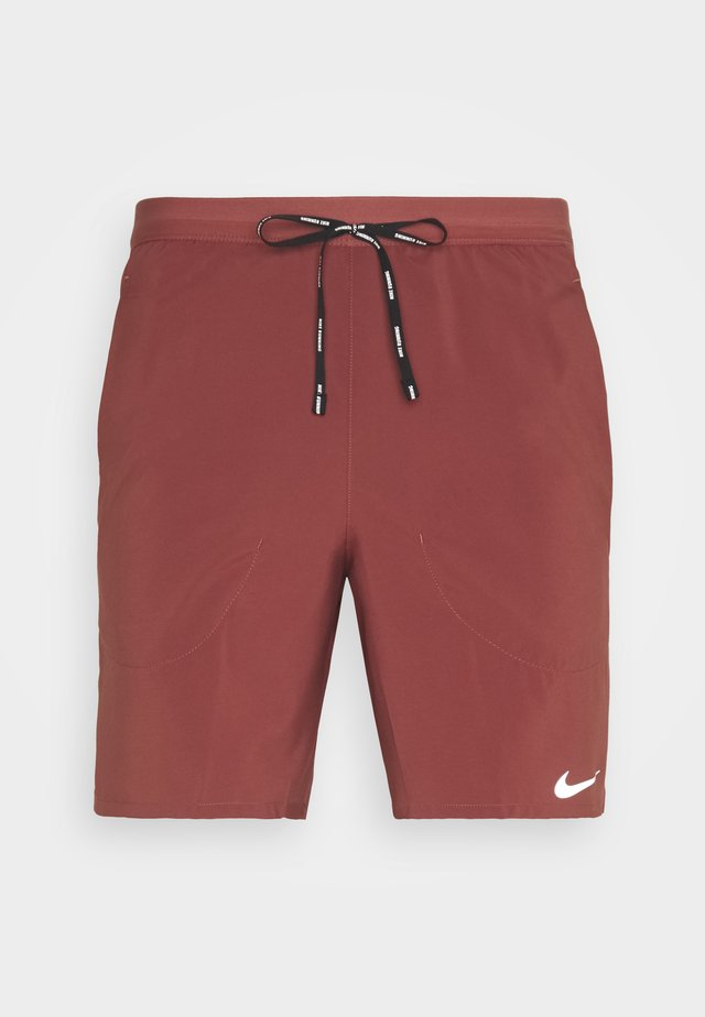 FLEX STRIDE SHORT - Sports shorts - claystone red/reflective silver
