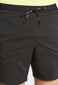 Nike Performance - STRIDE 2IN1 - Sports shorts - black/reflective silver - 3