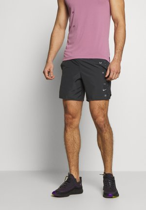 M NK CHLLGR 7IN BF PO GX FF - Sports shorts - dark smoke grey