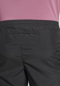 Nike Performance - M NK CHLLGR 7IN BF PO GX FF - Pantalón corto de deporte - dark smoke grey - 5