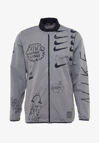 Nike Performance - ARTIST JACKET GRAPHIC NATHAN BELL - Löparjacka - gunsmoke - 9