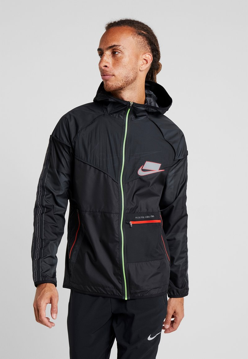 Nike Performance - WILD RUN - Juoksutakki - off noir/black/reflective silver