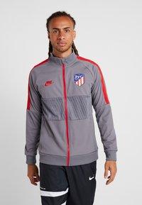 Nike Performance - ATLETICO MADRID  - Träningsjacka - gunsmoke/sport red - 0