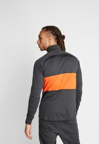 Nike Performance - CHELSEA FC DRY  - Klubbkläder - anthracite/rush orange - 2