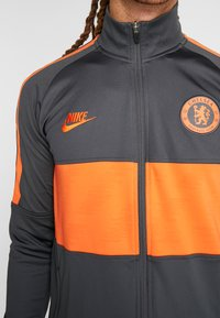 Nike Performance - CHELSEA FC DRY  - Klubbkläder - anthracite/rush orange - 4