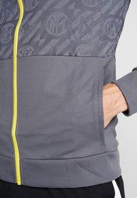 Nike Performance - INTER MAILAND  - Trainingsvest - dark grey/tour yellow - 6