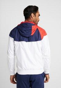 Nike Performance - PARIS ST GERMAIN - Klubové oblečení - white/midnight navy/university red - 2